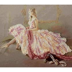 """Картина вышитая  бисером """"Мечтающая Балерина"""".  29х37см"""