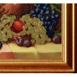 """Картина """"Натюрморт з фруктами"""" оформлена в раму качественным багетом в багетной мастерской"""