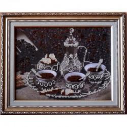 """Картина вышитая  бисером  """"За чашкой Кофе"""""""