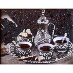 """Качественно выполненная вышивка бисером картины """" За чашкой Кофе"""""""