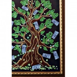 """Картина """"Дерево Достатка"""" оформлена в раму качественным багетом в багетной мастерской"""
