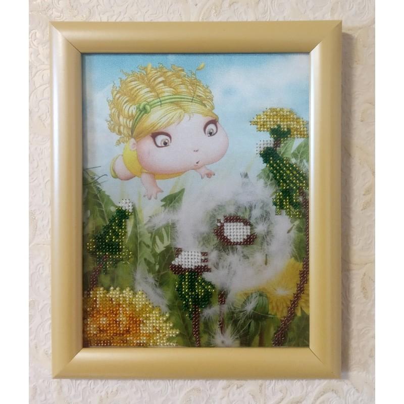 """Картина вышитая  бисером """"Малышка и Одуванчик"""". 23,5х19см"""