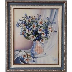 """Картина вишита бісером """"Ромашки у вазі"""". 44х37,5см"""