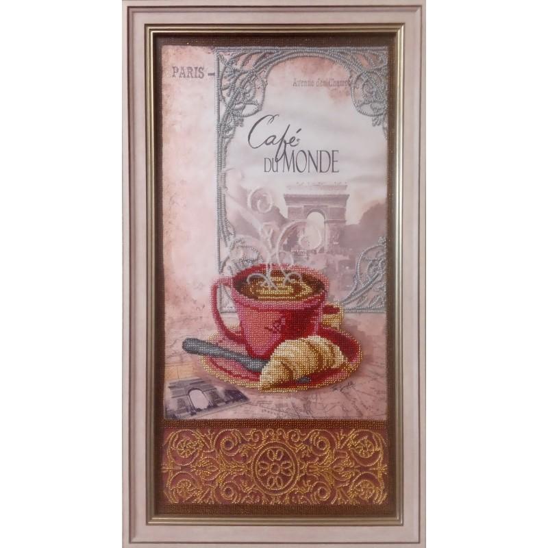 """Картина вышитая  бисером чашечка кофе в Париже  """"Cafe du Monde"""".  52х29см"""